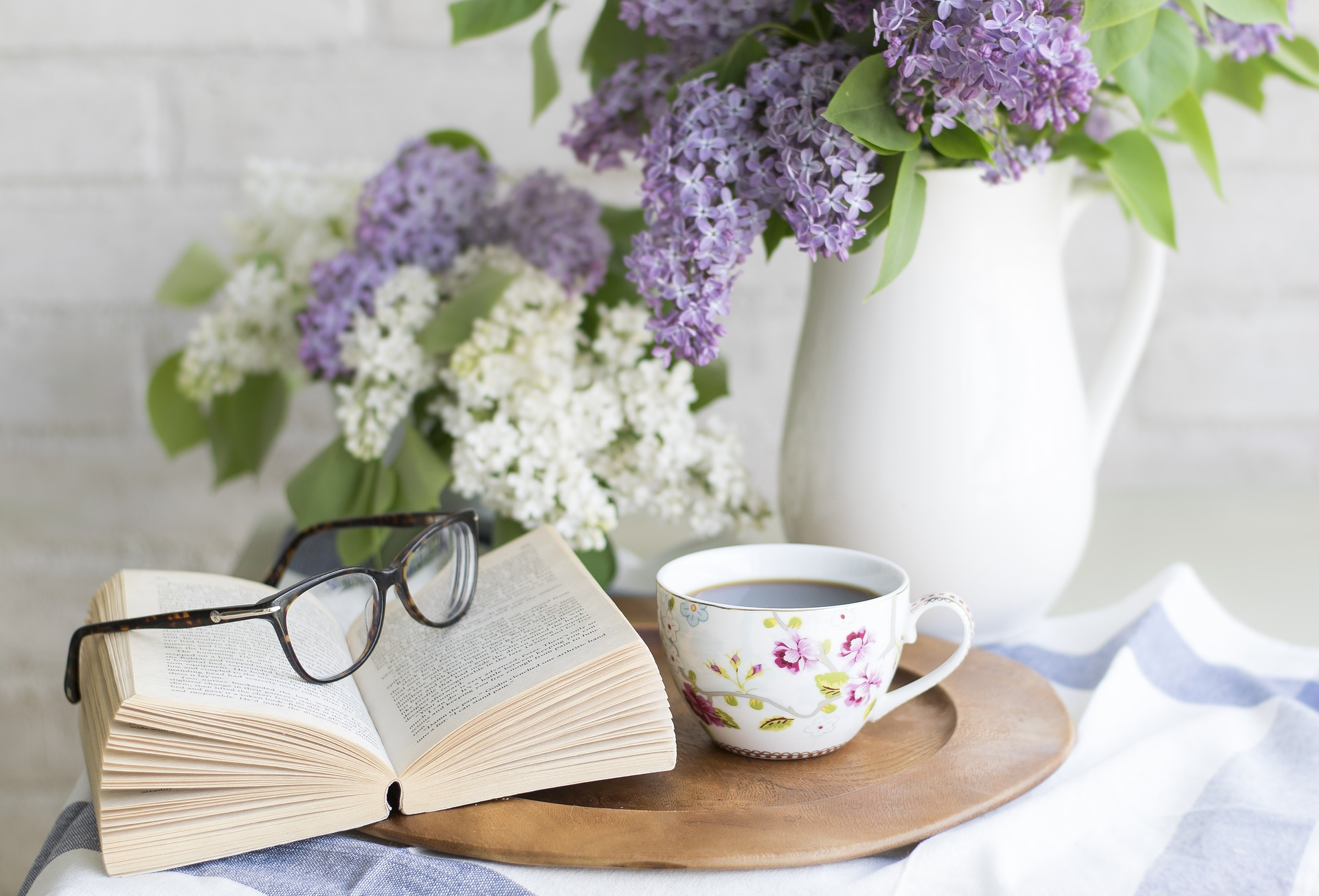 10 Benefits of Reading for Personal Growth