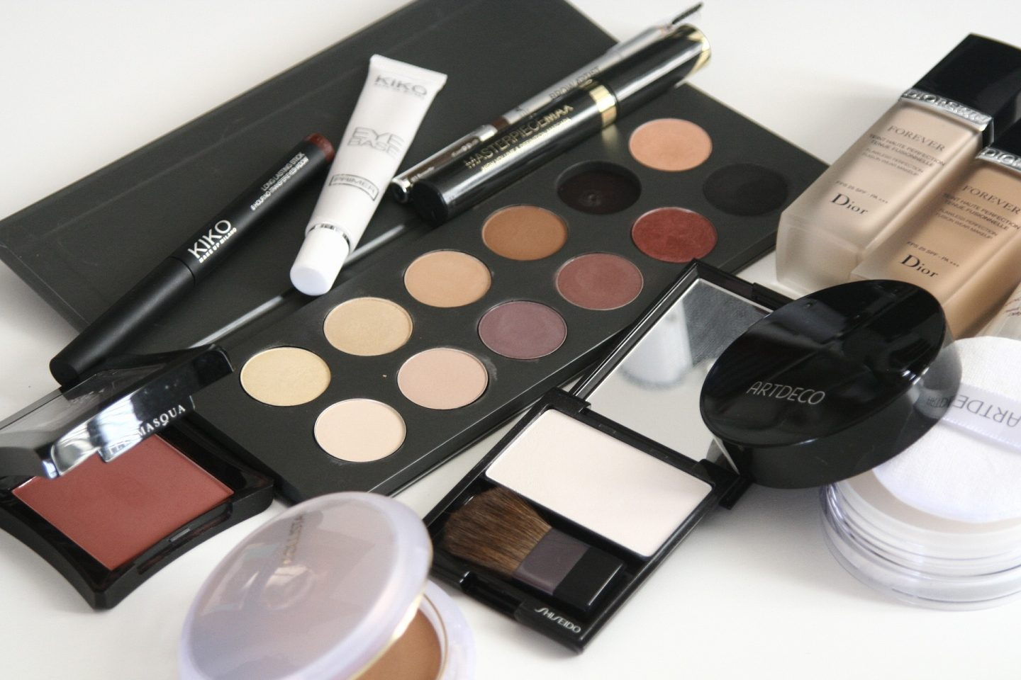 How to Check the Expiration Date of Your Makeup